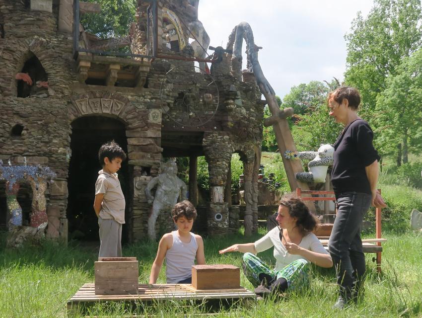 Séjour créatif pour familles et adultes : construction Insolite