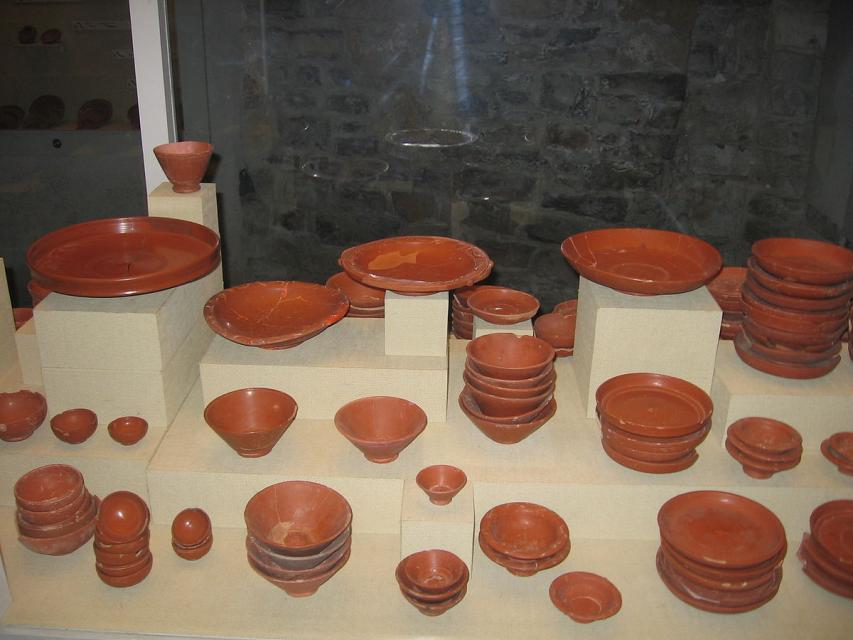 La vaisselle de table des ateliers arvernes et rutènes : les productions précoces