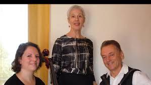 Rosalina Courtial chante les poèmes de Jean Boudou
